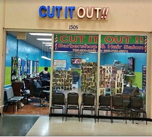 Cut It Out!! Salon