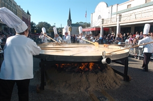 SORRY, THIS EVENT IS NO LONGER ACTIVE<br>Giant Omelette Celebration - Abbeville, LA 70510